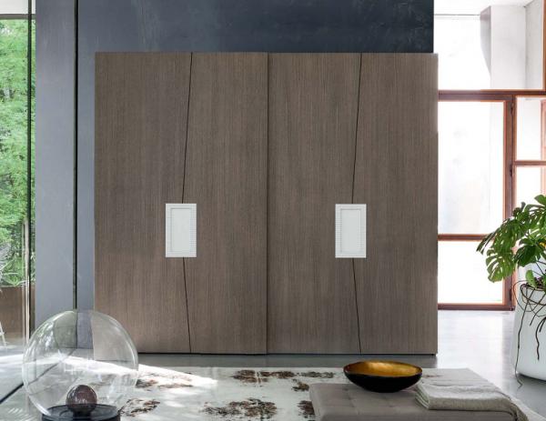 Schewbetürenschrank aus Eiche Zero.16, Handarbeit, italienisches Design